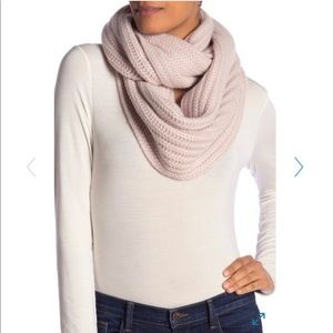 360Cashmere Chunky Cashmere Infinity Scarf Buff
